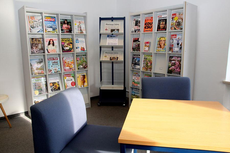 Das neu eingerichtete Lesezimmer wartet auf Sie